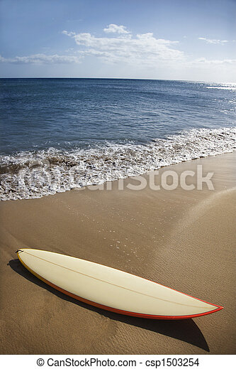 Surfboard on Maui beach. - csp1503254