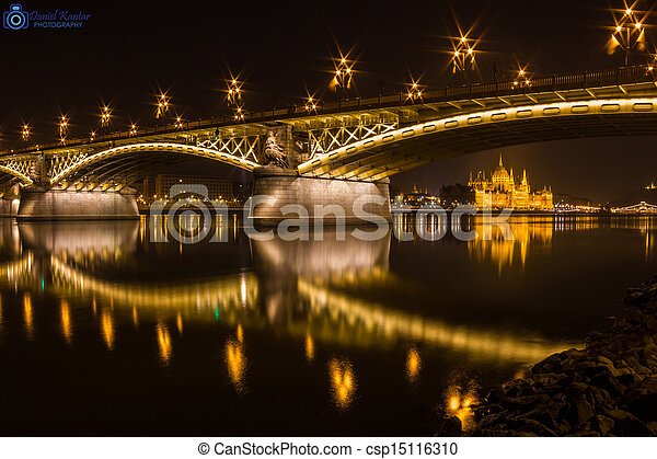 Margaret Bridge and the government  - csp15116310