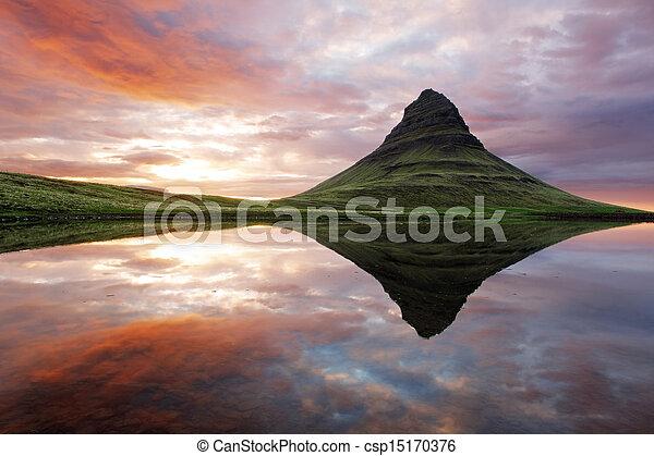 Beautiful Iceland mountain landscape - csp15170376