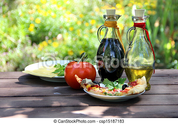 Pel culas de pedazo pizza verano jard n tabla for Pizza jardin precios