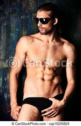 Фото голые парни только в рубашке
