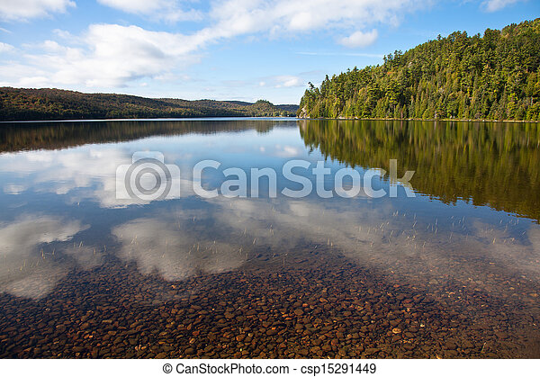 Carpenter Lake clear water vista - csp15291449