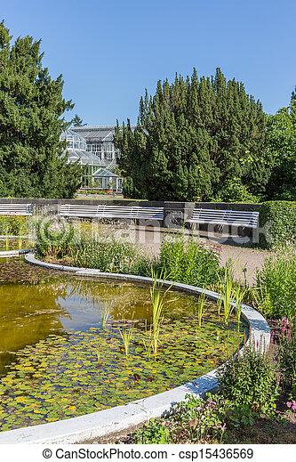 stock foto botanik kleingarten berlin teich gew chshaus stock bilder bilder. Black Bedroom Furniture Sets. Home Design Ideas
