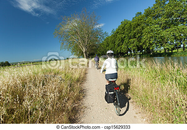 Cycling in nature - csp15629333