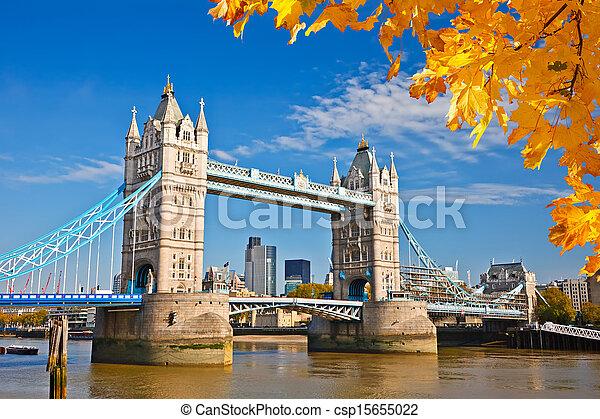 Bridzs, bástya,  London - csp15655022