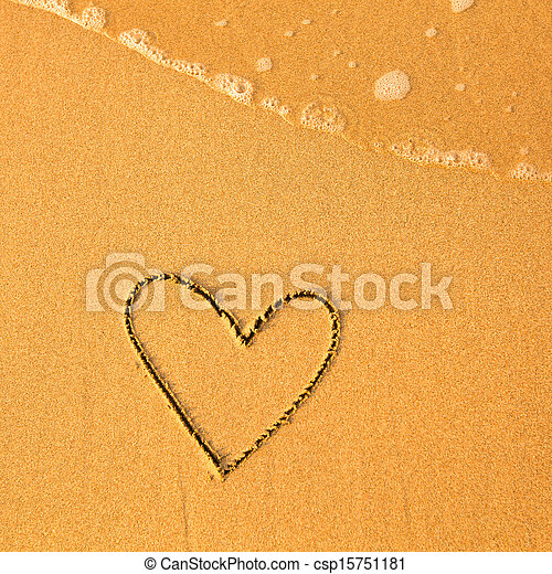 Shape of the heart of the sea on the beach in Valentine Day. Soft wave of the sea. - csp15751181