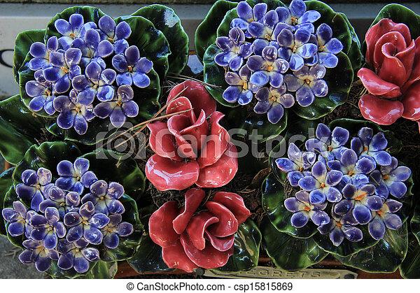 image de c ramique tombe fleurs a thombstone dans france csp15815869 recherchez des. Black Bedroom Furniture Sets. Home Design Ideas