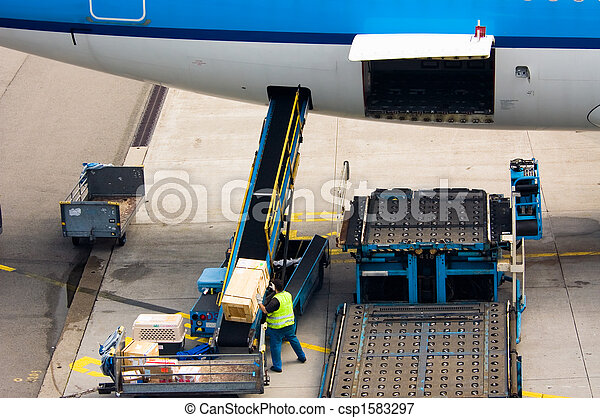 loading cargo - csp1583297