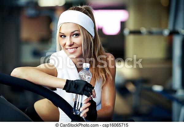 Fitness on a treadmill - csp16065715