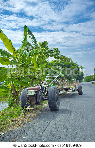 Vehicles used in agriculture. - csp16189469