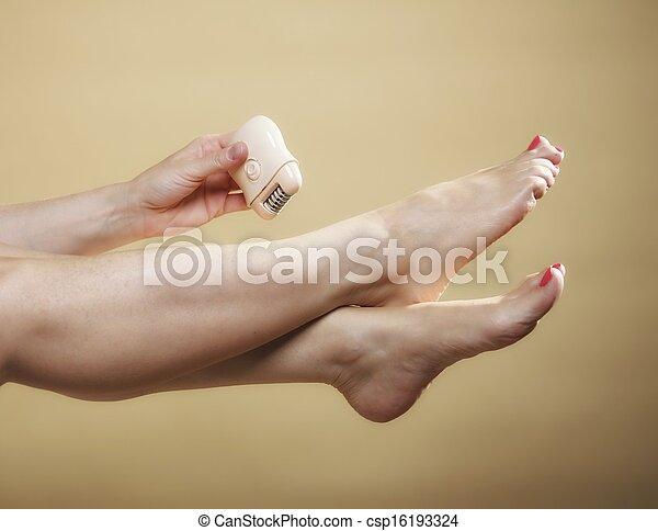 photo femme rasage jambe rasoir pilation corps. Black Bedroom Furniture Sets. Home Design Ideas
