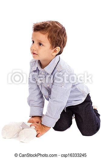 男孩, 很少, 他的, 地板, 熊, 玩具, 可愛, 玩 - csp16333245