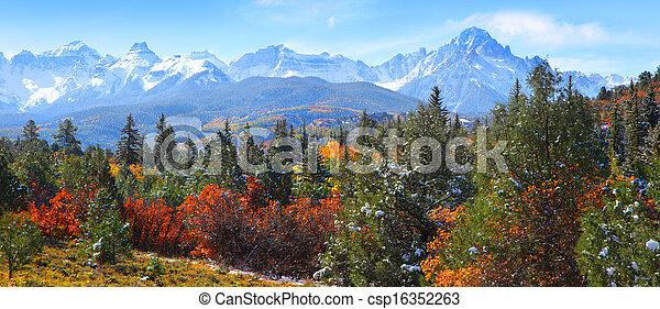 Rocky mountains - csp16352263