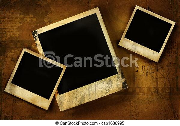 Old polaroid against grunge background - csp1636995