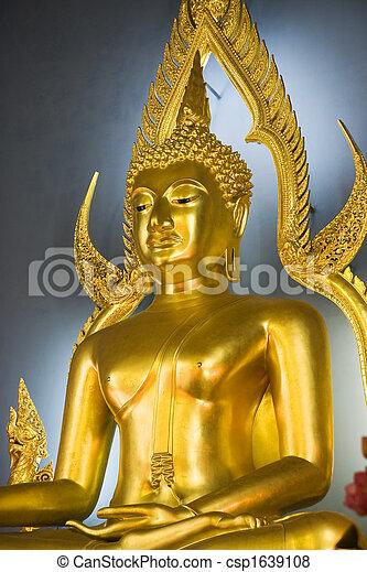 Wat Benjamabopith Buddha - csp1639108