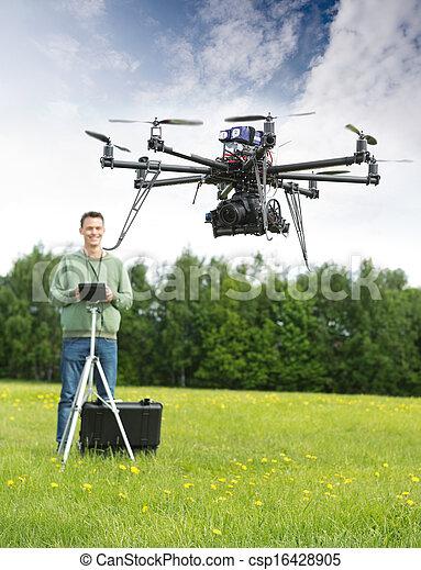 ヘリコプター, 飛行, 公園, 人, uav - csp16428905