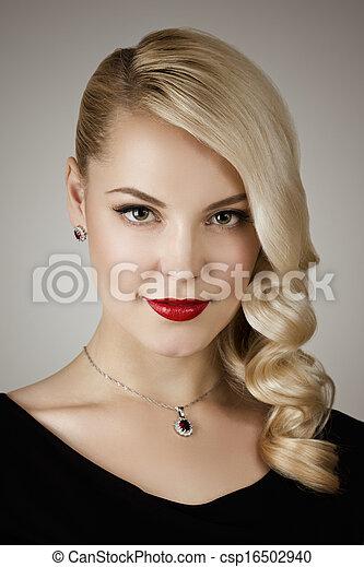 Retro portrait of a beautiful woman - csp16502940