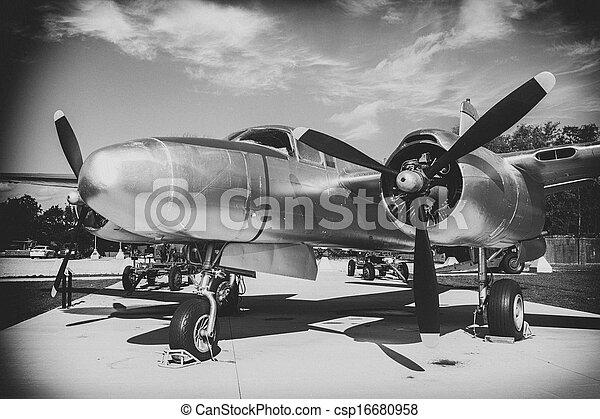 images de mondiale avion ll guerre noir et blanc wwll avion csp16680958 recherchez. Black Bedroom Furniture Sets. Home Design Ideas