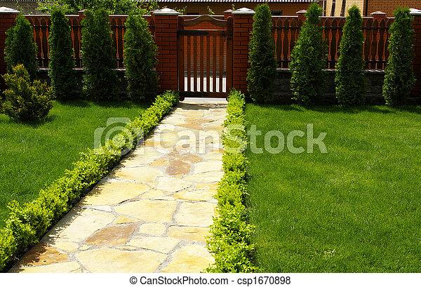 Pel culas de trayectoria piedra pasto o c sped jard n for Jardines cesped y piedras