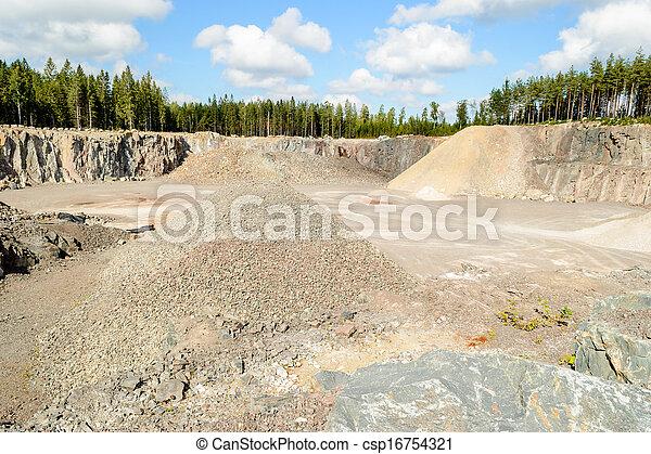 Photo de pierre gravier carri re pierres et gravier dans csp16754321 recherchez des - Prix gravier carriere ...