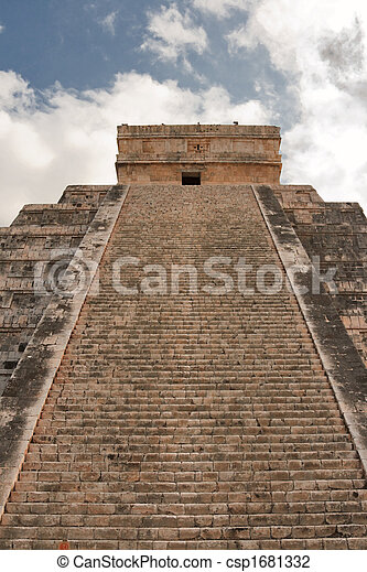 Stairs on Mayan pyramid in Chichen-Itza, Mexico - csp1681332