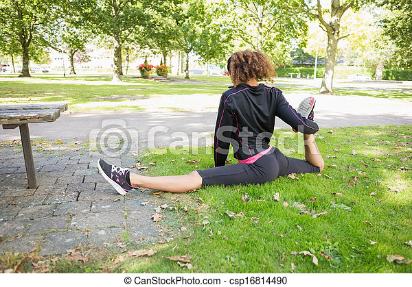 free pics of women doing splits nude