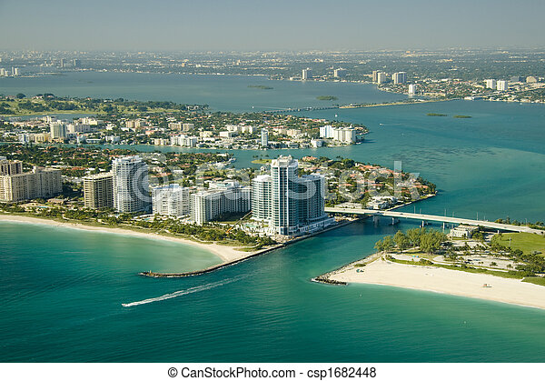 Miami Beach Seashore - csp1682448