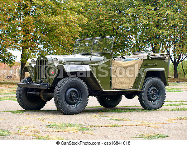 Soviet military automobile Gaz 67. - csp16841018