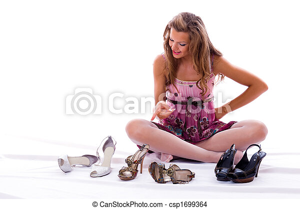 The choice of shoes is very difficultly. - csp1699364