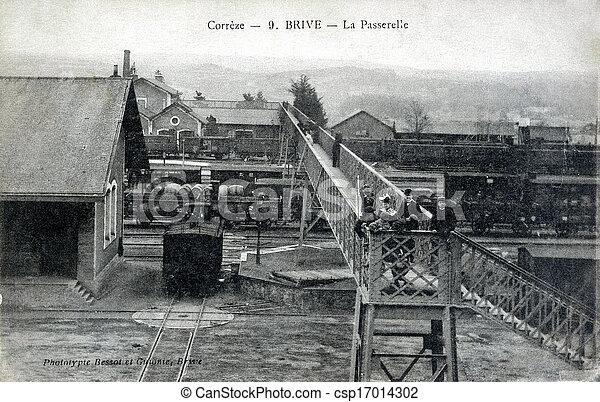 Photographies de vieux carte postale brive porte for Porte carte postale sur pied