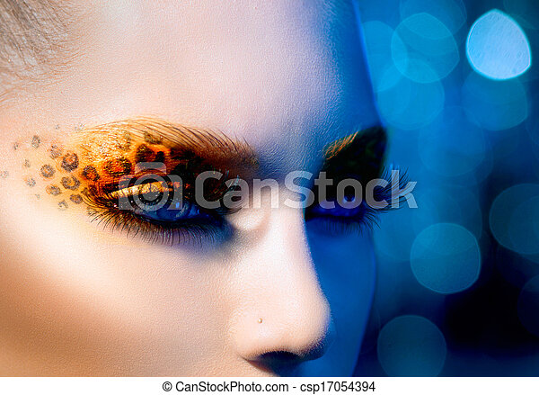 Beauty Fashion Model Girl with Holiday Leopard Makeup - csp17054394