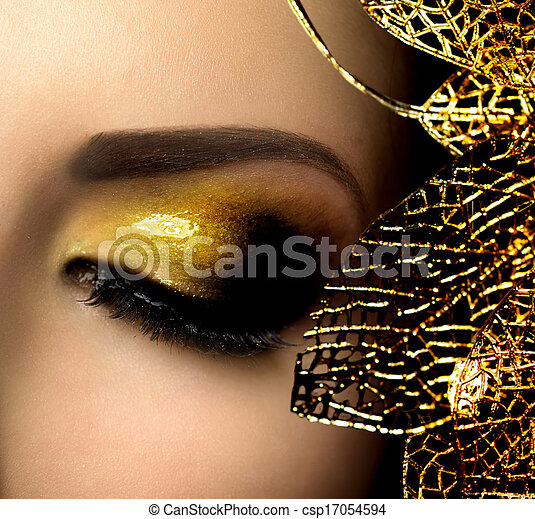 Fashion Glamour Makeup. Holiday Gold Glittering Eyeshadows - csp17054594