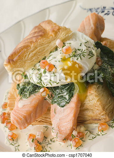 Seared Salmon Spinach and a Poached Egg in a Vol au Vent Case with a Dill and Keta Caviar Sauce - csp1707040