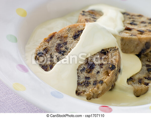 Bowl of Spotted Dick with Custard - csp1707110