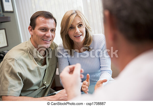 Couple in consultation at IVF clinic (selective focus) - csp1708887