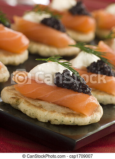 Smoked Salmon Blinis Canap s with Sour Cream and Caviar - csp1709007