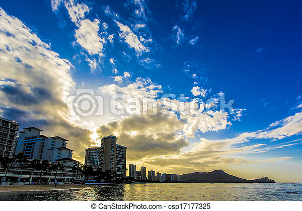Sunrise in Waikiki - csp17177325