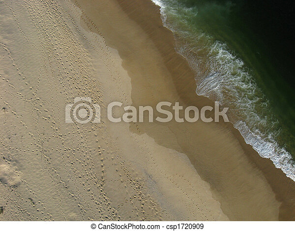 Overhead shot of beach and ocean. - csp1720909