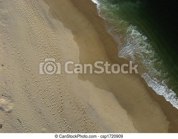 Overhead shot of beach and ocean. - csp1720909