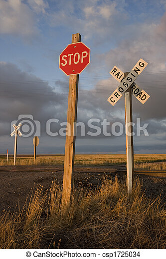 rural railroad crossing witrh a stop sign - csp1725034