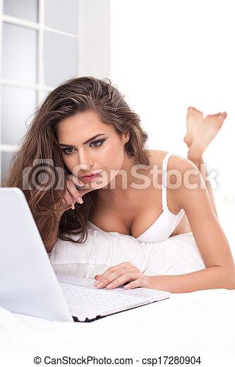 Photographies de surfer toile lit s duisant jeune - Comment rendre folle une femme au lit ...