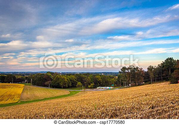 Farm fields in rural Lancaster, Pennsylvania.  - csp17770580