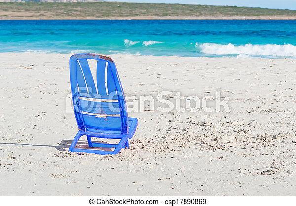 image de chaise plastique plastique chiar dans la pelosa csp17890869 recherchez des. Black Bedroom Furniture Sets. Home Design Ideas