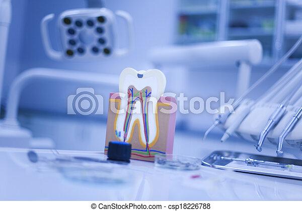 Dental Tools set  - csp18226788