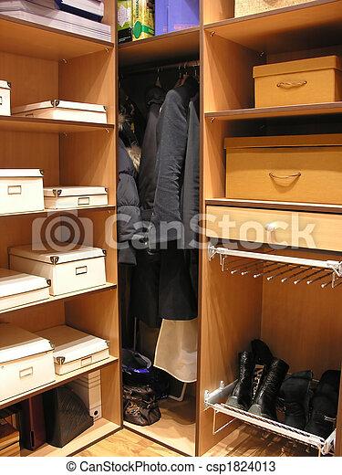dressing room 2 - csp1824013