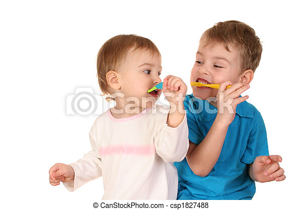 children with tooth brushes - csp1827488