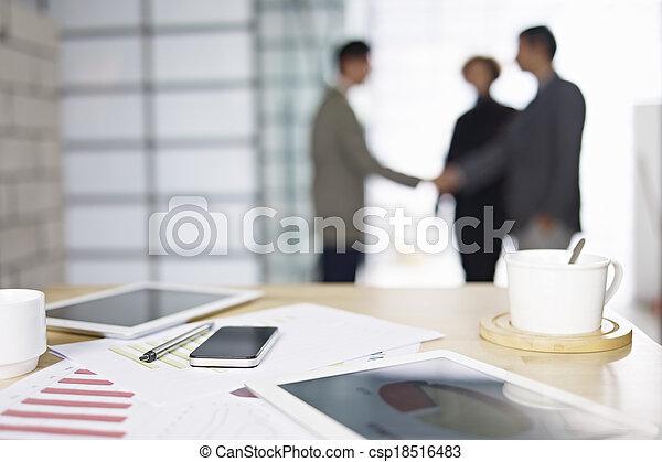 reunião, negócio, escritório, pessoas - csp18516483