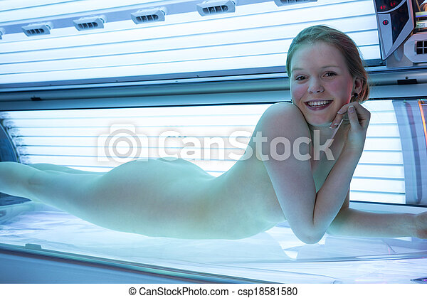 Naked women tanning bed videos