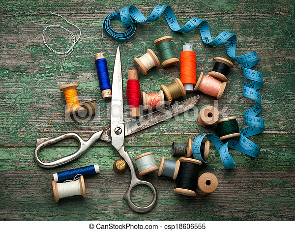 Vintage sewing tools and colored tape/Sewing kit - csp18606555