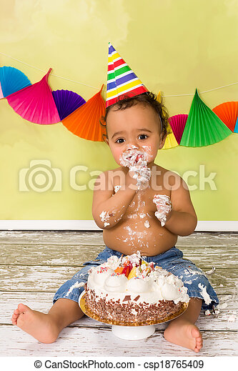 Baby with birthday cake - csp18765409